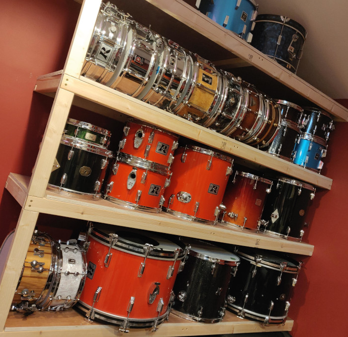 Snare drum wall shelving